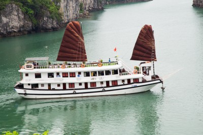 Halong Bay Cruise & Cinnamon Hotel Package ( 3 days 2 nights)